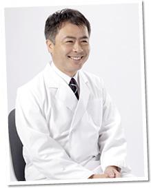 現役の医師でもある