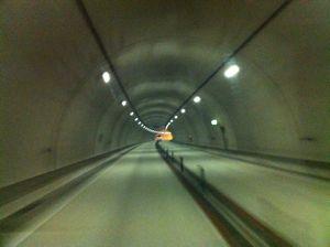 トンネル途中!